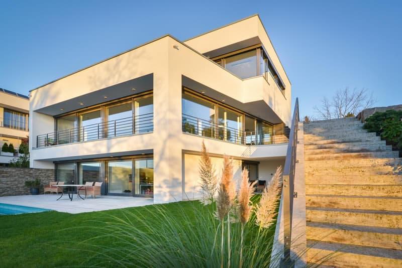 Architektenvilla am Hang über Wiesbaden