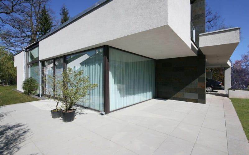 Modernes Satteldach Beispiel